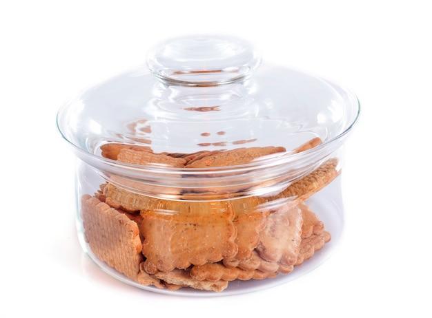 Biscuits dans une bouteille de tir