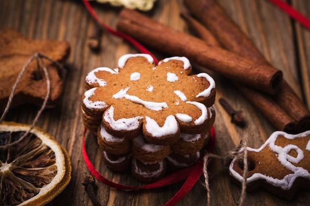 Biscuits et épices de noël