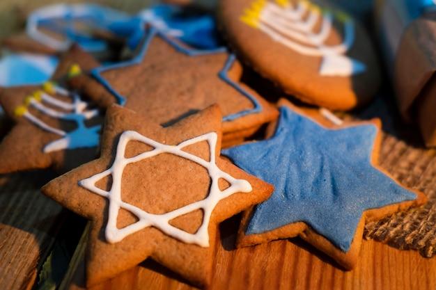 Biscuits étoiles juives joyeuses hanoukka