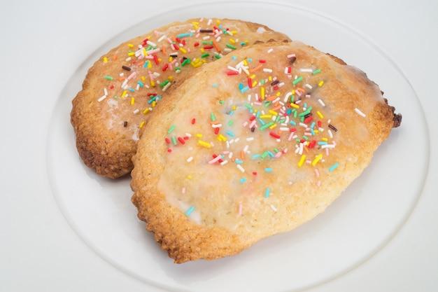 Biscuits farcis typiques à la ricotta et au chocolat.