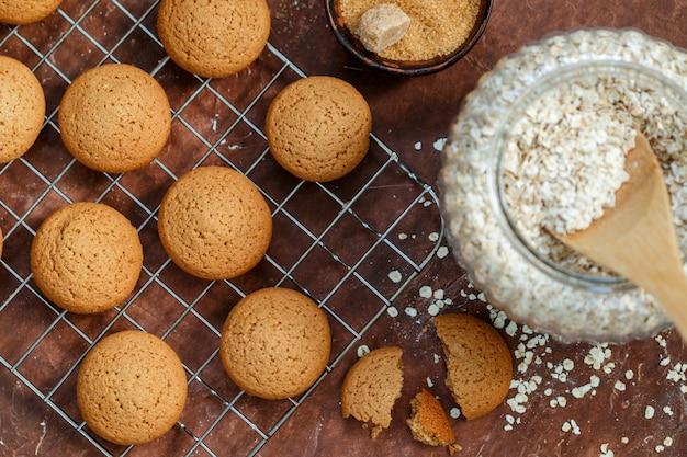Biscuits flocons d'avoine fraîchement cuits