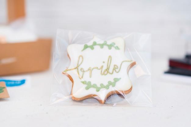 Biscuits en forme de coeur pour les mariages ou la saint valentin