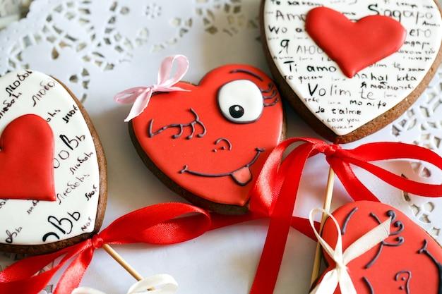 Biscuits en forme de coeur pour la saint valentin.