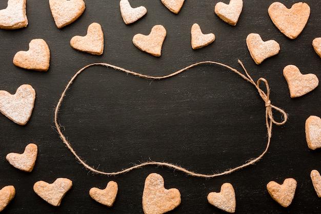Biscuits en forme de coeur pour la saint valentin