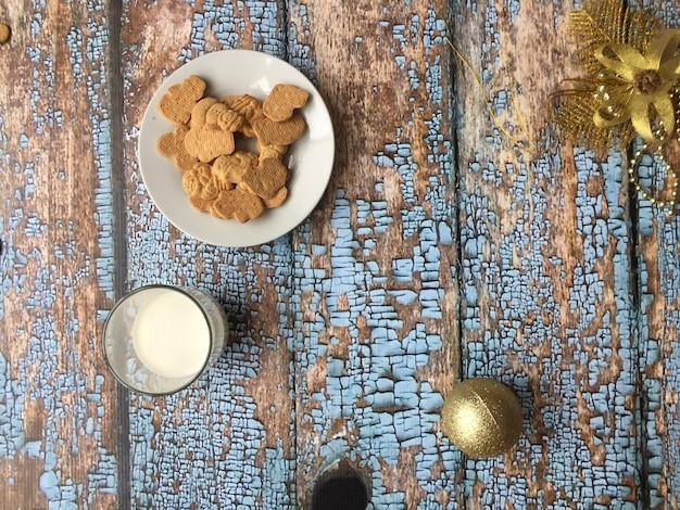 Biscuits et lait pour le père noël