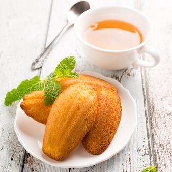 Biscuits maison au citron madeleine