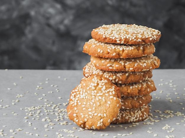 Biscuits maison au tahini et aux graines de sésame