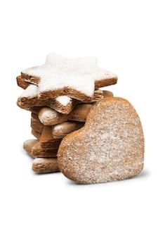 Biscuits de noël isolés sur fond blanc