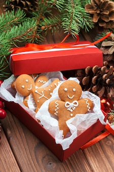 Biscuits de noël en pain d'épice maison