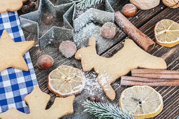 Biscuits de pain d'épice à la cannelle