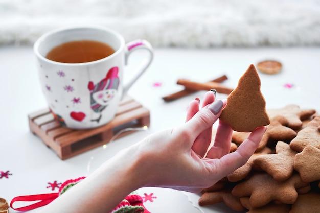 Biscuits de pain d'épice faits maison