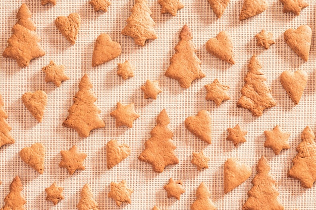 Biscuits de pain d'épice vue de dessus, mise à plat