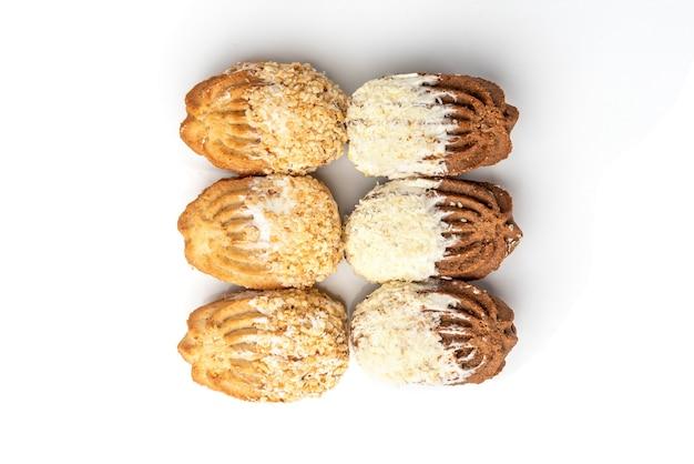 Biscuits sablés aux arachides et noix de coco