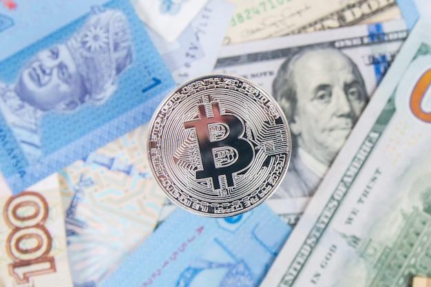 Bitcoin, argent, dollars, gros plan