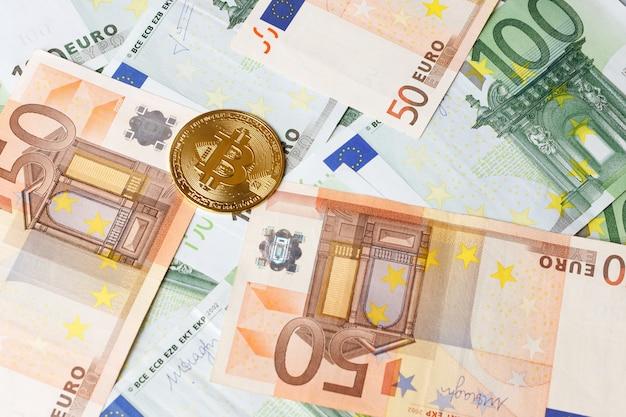 Bitcoin sur les billets en euros. fermer. échange financier