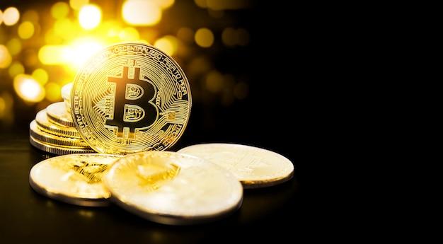 Bitcoin et bokeh lumière avec espace copie