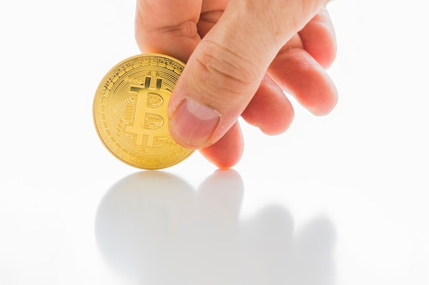 Bitcoin cryptocurrency numérique bit coin btc devise internet concept.