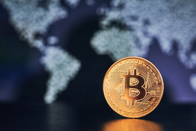 Bitcoin sur la surface de la carte du monde