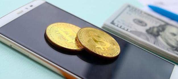 Bitcoins se trouve avec les formulaires d'impôt