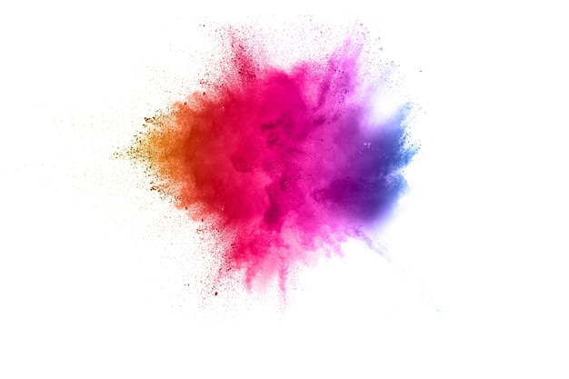 Bizarre forme d'explosion de poudre de couleur sur fond blanc.