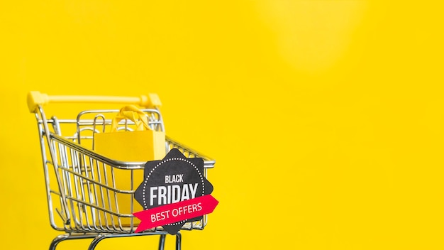 Black friday meilleures offres inscription sur fond jaune