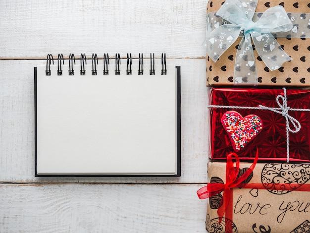 Blank notepad page pour des mots doux sur l'amour