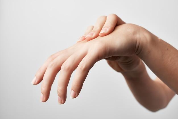 Blessure à la main arthrite problèmes de santé traitement médecine