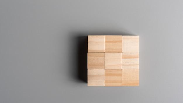 Bloc de cube en bois blanc