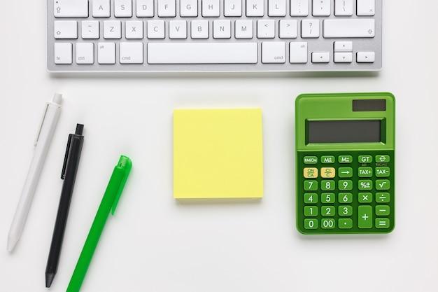 Bloc-notes clavier maquette et calculatrice