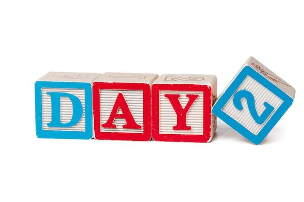 Blocs de l'alphabet coloré. journée des mots isolé sur blanc