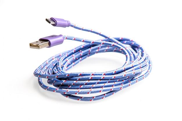 Blue cable usb archet pour l'emballage