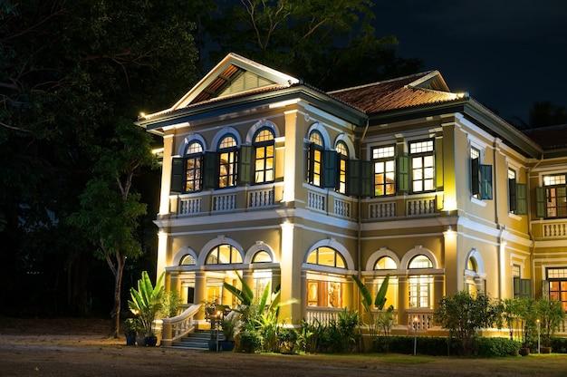 Blue elephant governor's mansion restaurant et école de cuisine de phuket