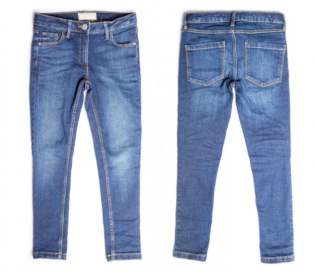 Blue jeans isolé sur blanc