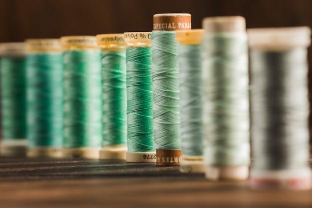 Bobines de fil à coudre