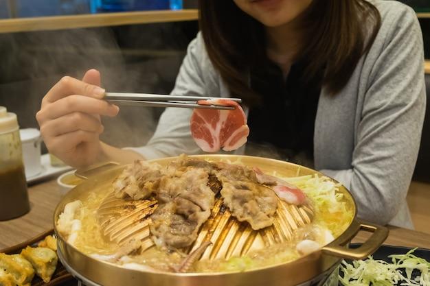 Bœuf cru pour barbecue ou yakiniku à la japonaise