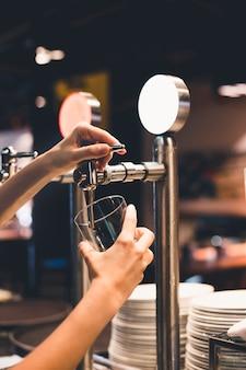 Boire barman culture verser