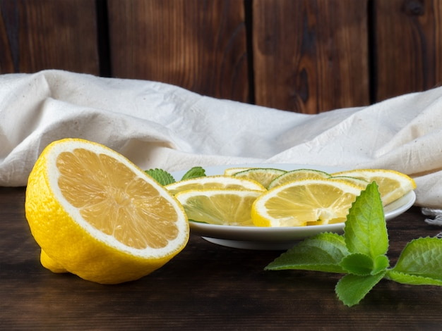 Boire, citron frais