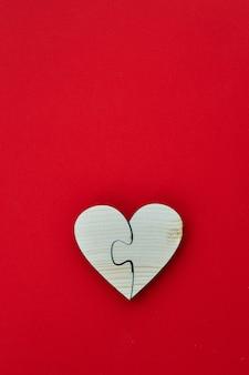 Bois en forme de coeur pour la saint valentin