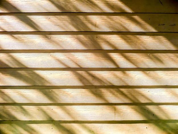 Bois et ombre de la lumière du soleil
