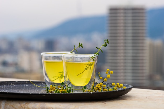 Boisson alcoolisée au citron traditionnelle italienne limoncello