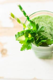 Boisson de detox bio aux legumes