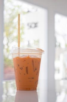 Boisson fraîche thé au lait thaïlandais glacé, stock photo