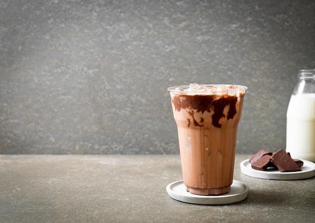 Boisson glacée au lait frappé au chocolat