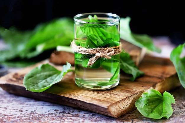 Boisson plantain dans un verre.