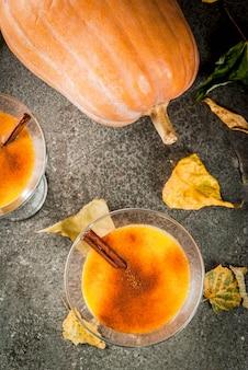 Boissons d'automne et d'hiver. cocktails de thanksgiving et halloween.