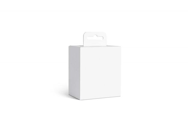 Boîte d'accessoires blanc vierge avec cintre, isolé