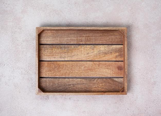 Boîte en bois vide