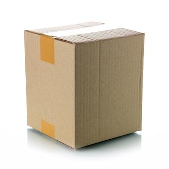 Boîte en carton marron