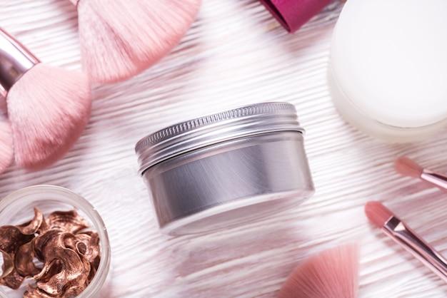 Boîte à cosmétiques en métal étain, étui sur table cosmétique en bois