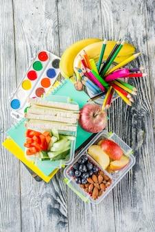 Boîte à lunch scolaire saine